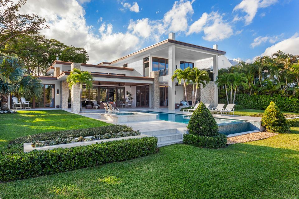 609  Palm Trail , Delray Beach FL 33483 is listed for sale as MLS Listing RX-10438265 photo #1