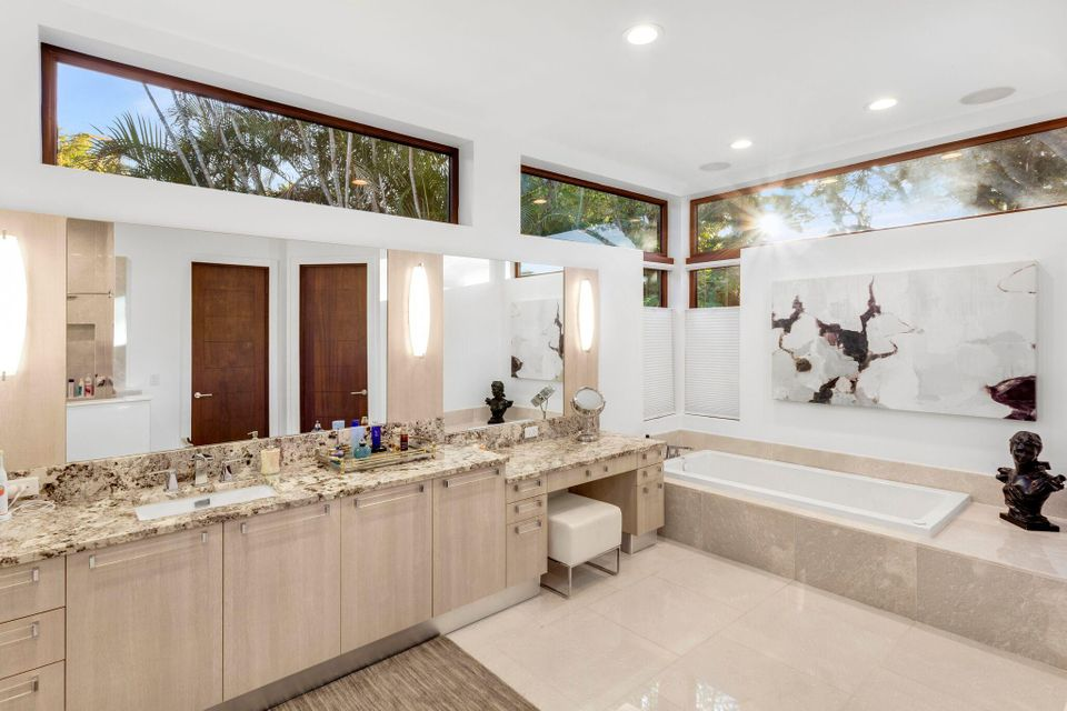609  Palm Trail , Delray Beach FL 33483 is listed for sale as MLS Listing RX-10438265 photo #14