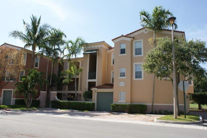 11720 Saint Andrews Place 306  Wellington, FL 33414