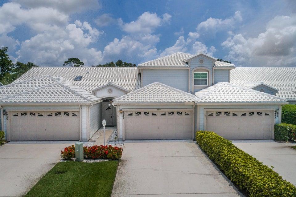 8949 SE Riverfront Terrace - Tequesta, Florida