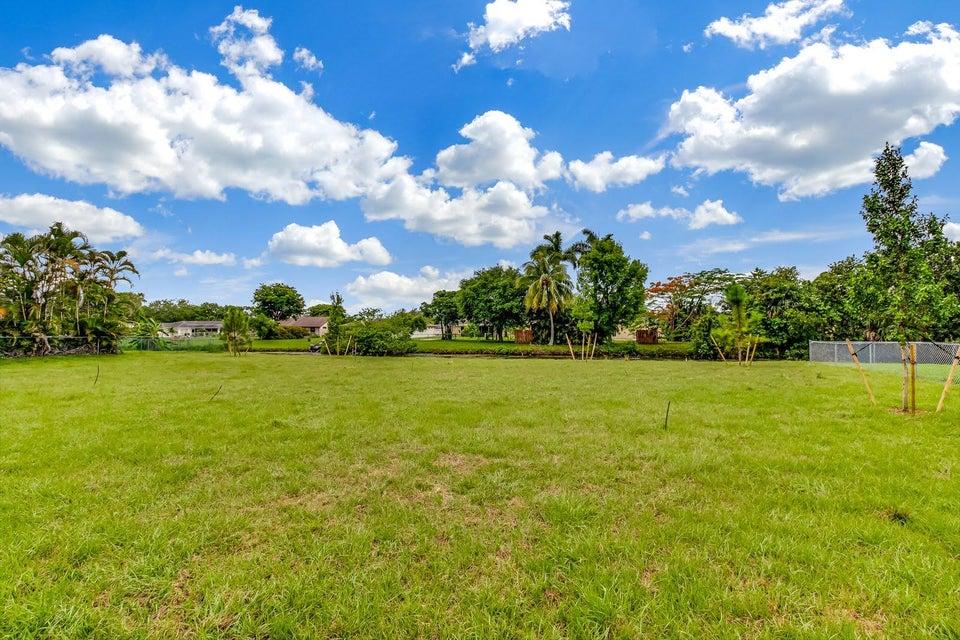 138 Sparrow Drive B Royal Palm Beach, FL 33411 photo 10