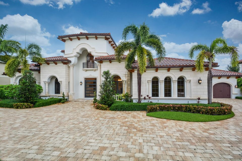 7412  Stonegate Boulevard , PARKLAND FL 33076 is listed for sale as MLS Listing RX-10438756 photo #1