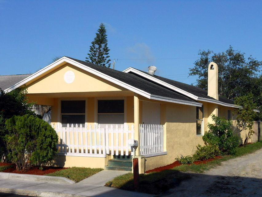 Home for sale in Town Of Lake Worth: Royal Poinciana Lake Worth Florida