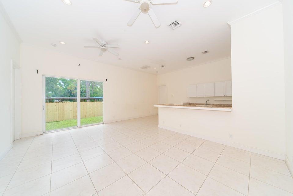 11128 Sunset Boulevard Royal Palm Beach, FL 33411 photo 10