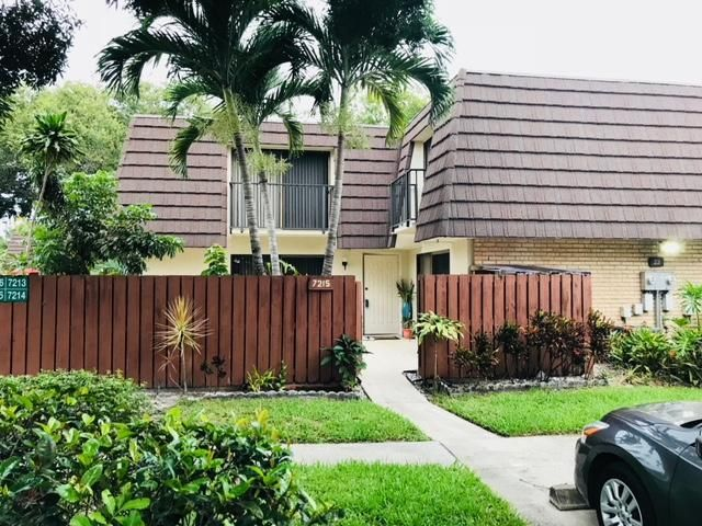 7215 72nd Way  West Palm Beach, FL 33407