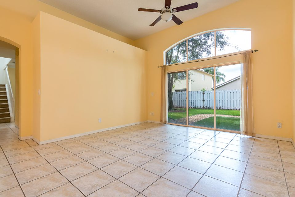 4084 Manor Forest Trail Boynton Beach, FL 33436 photo 2