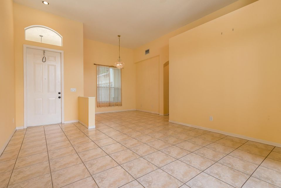 4084 Manor Forest Trail Boynton Beach, FL 33436 photo 4