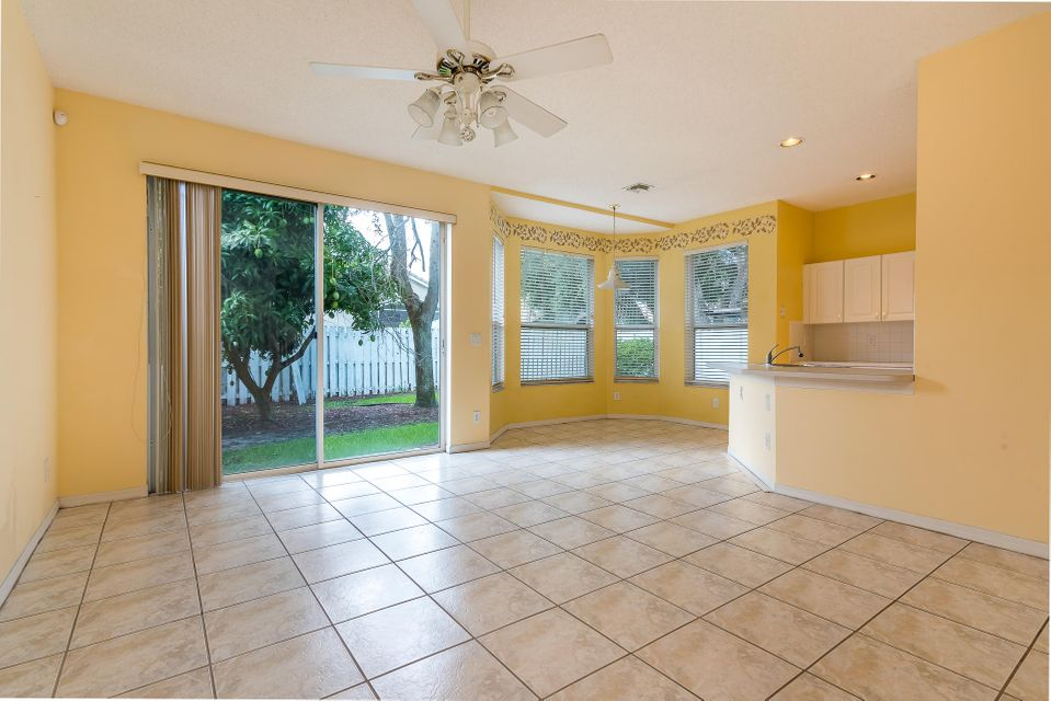 4084 Manor Forest Trail Boynton Beach, FL 33436 photo 8