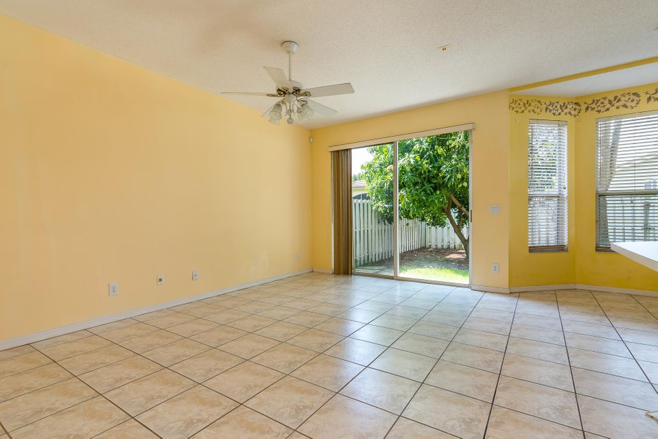 4084 Manor Forest Trail Boynton Beach, FL 33436 photo 13