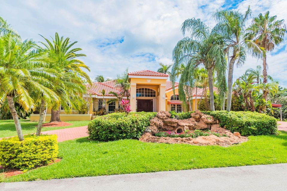 Home for sale in Banyan Woods Palmetto Bay Florida