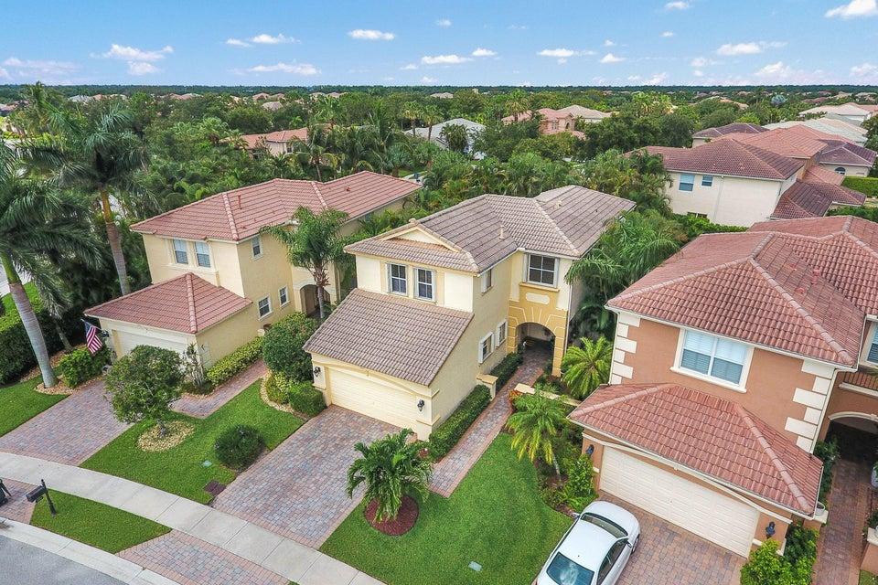 251 Isle Verde Way Palm Beach Gardens, FL 33418 photo 3