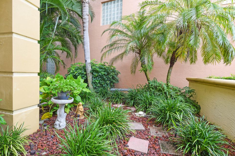 251 Isle Verde Way Palm Beach Gardens, FL 33418 photo 11