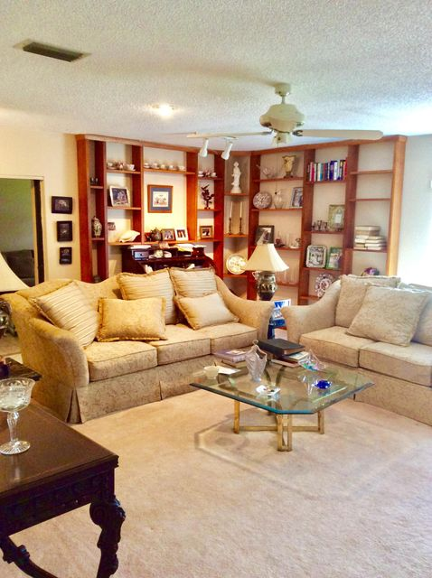 Home for sale in Meed Racquet Club Lake Worth Florida
