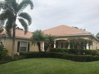 212 Danube Way , Palm Beach Gardens FL 33410 is listed for sale as MLS Listing RX-10439015 7 photos