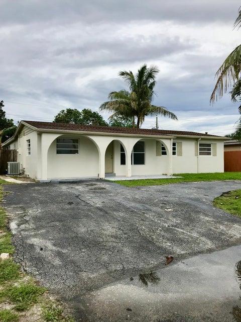 840 Caroline Avenue  West Palm Beach, FL 33413