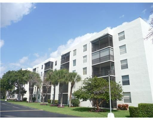 5260 NW 2nd Avenue 402  Boca Raton FL 33487