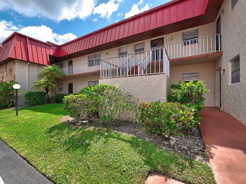 12022 W Greenway Drive 206  Royal Palm Beach, FL 33411