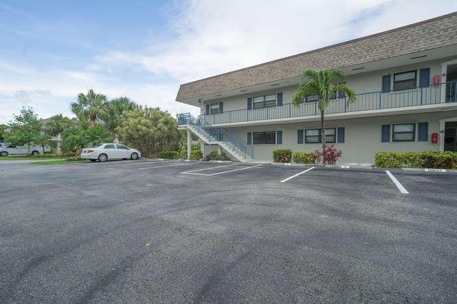 Home for sale in Jupiter Inlet Condominiums Jupiter Florida