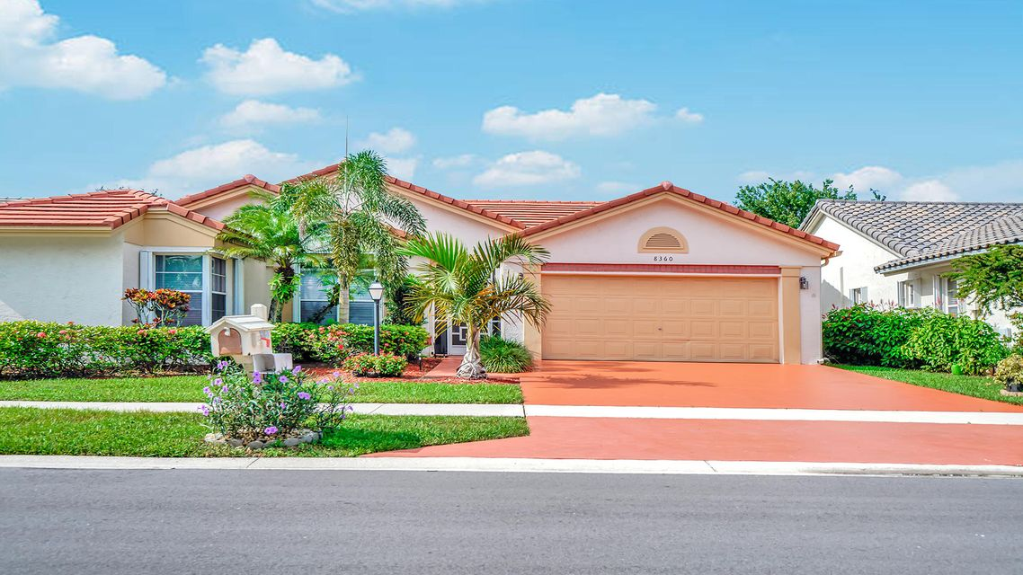 8360 Lake Cypress Road  Lake Worth, FL 33467