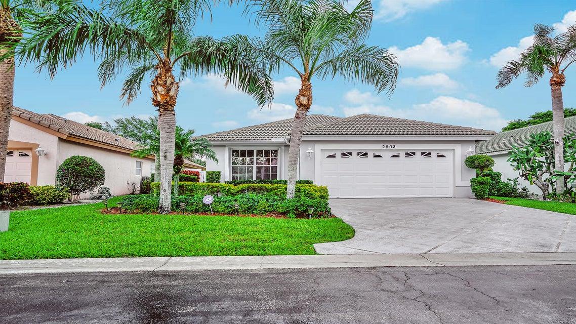 2802 Waters Edge Circle  Greenacres, FL 33413