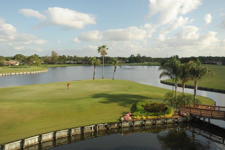6974 Touchstone Circle  West Palm Beach, FL 33418