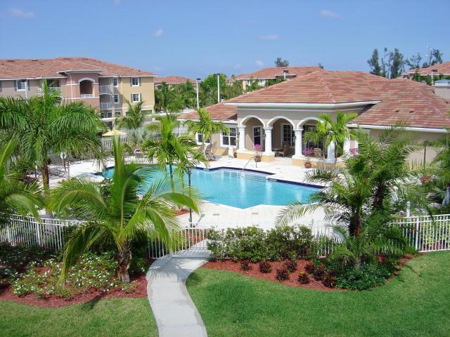 6418 Emerald Dunes Drive 301  West Palm Beach, FL 33411