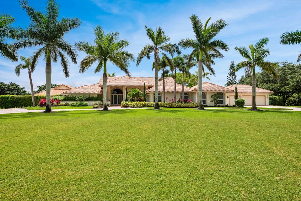 Home for sale in Paddock Park 2 Of Wellington Wellington Florida