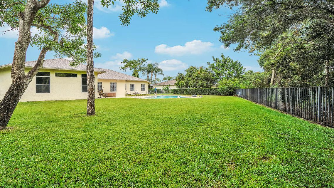 233 Monterey Way Royal Palm Beach, FL 33411 photo 27