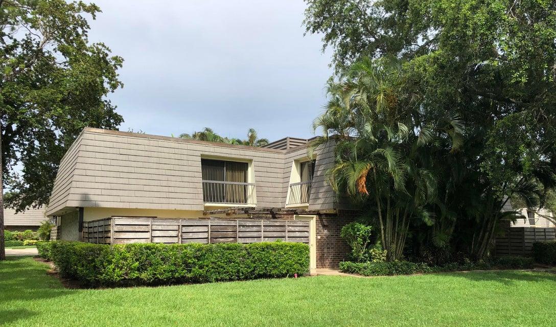 1514 15th Terrace Terrace , Palm Beach Gardens FL 33418 is listed for sale as MLS Listing RX-10439855 42 photos