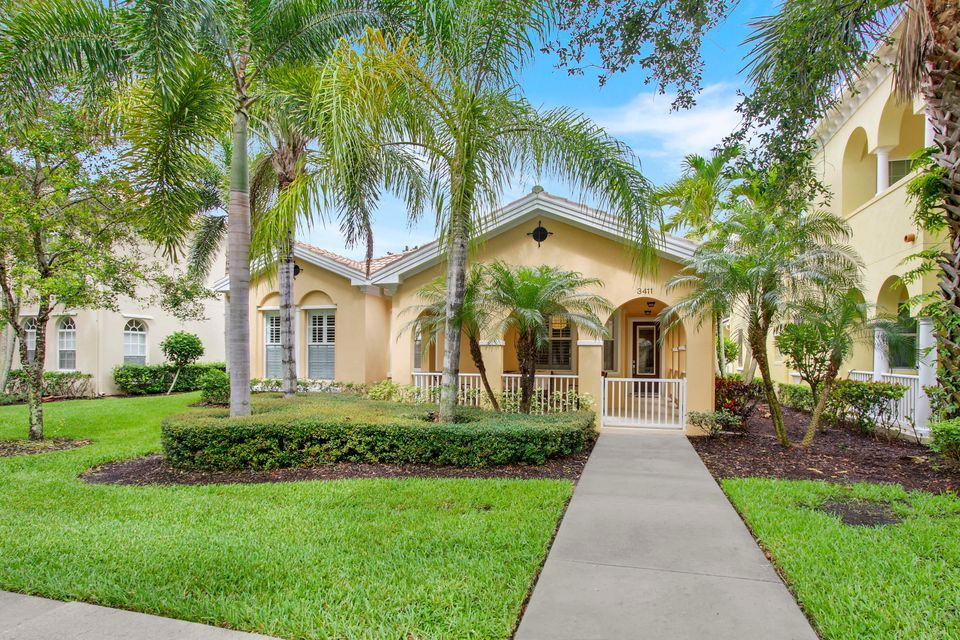 New Home for sale at 3411 Greenway Drive in Jupiter