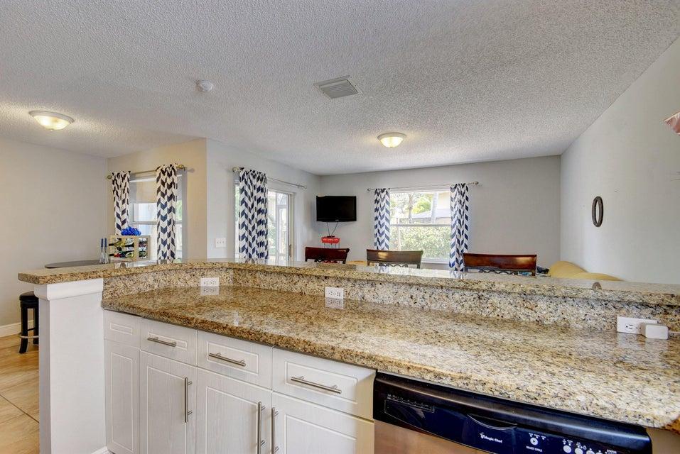 112 Heatherwood Drive Royal Palm Beach, FL 33411 photo 13