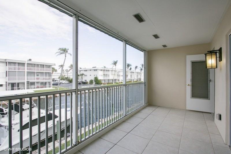 109 Wettaw Lane #206  North Palm Beach FL 33408