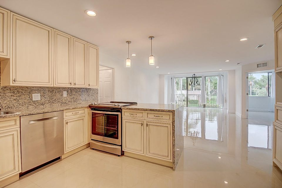 Home for sale in Fountains of Palm Beach Cond No 4 Lake Worth Florida
