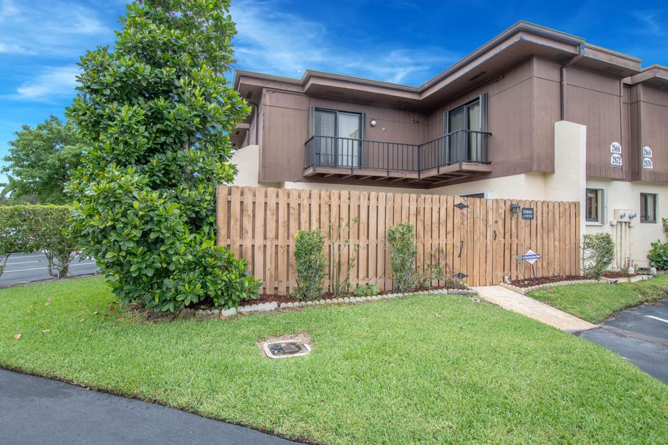Home for sale in KIRKWOOD TOWNHOMES Lake Worth Florida