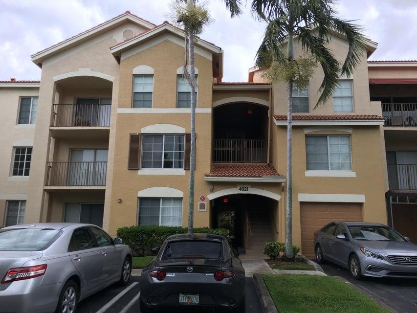 4021 San Marino Boulevard 304  West Palm Beach, FL 33409
