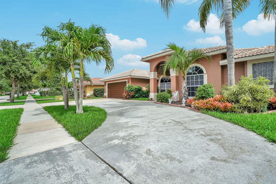 120 Pepper Tree Cres Royal Palm Beach, FL 33411 photo 29
