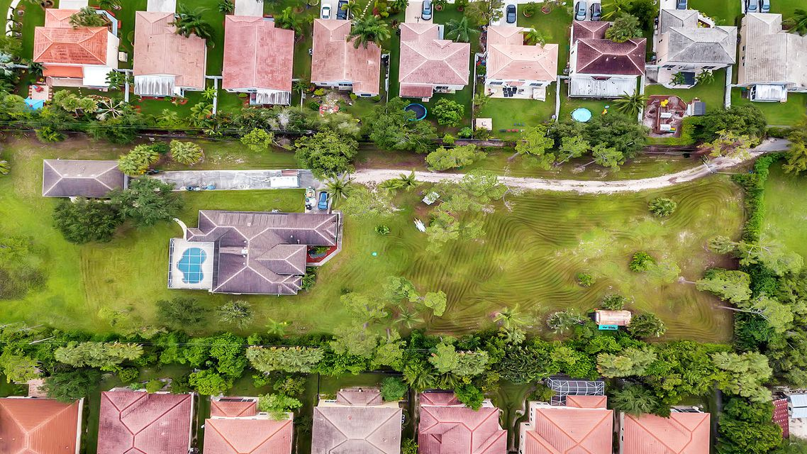 945 66th Terrace Street West Palm Beach, FL 33413 photo 9