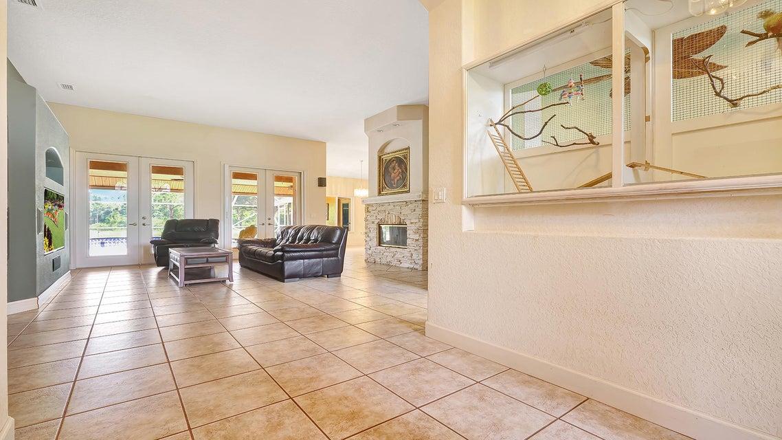 945 66th Terrace Street West Palm Beach, FL 33413 photo 10