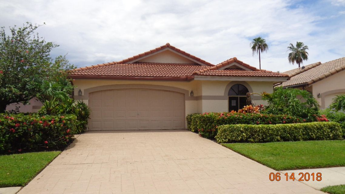 7780  Dundee Lane is listed as MLS Listing RX-10440251 with 13 pictures