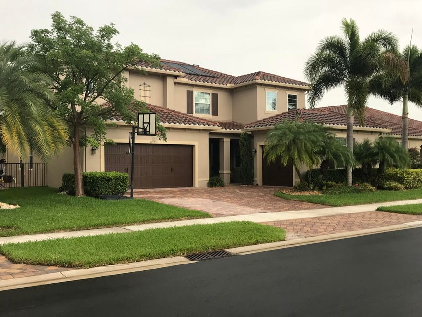 10559 Longleaf Lane  Wellington, FL 33414