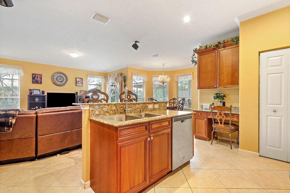 11103 Pacifica Street Wellington, FL 33449 photo 10