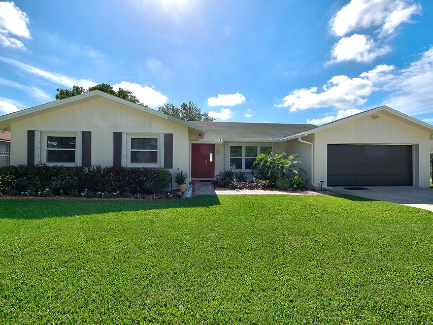 826 W Patrick Circle  West Palm Beach FL 33406