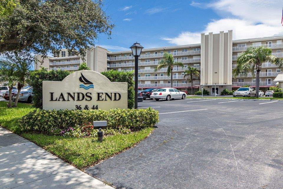 Home for sale in Lands End North Palm Beach Florida