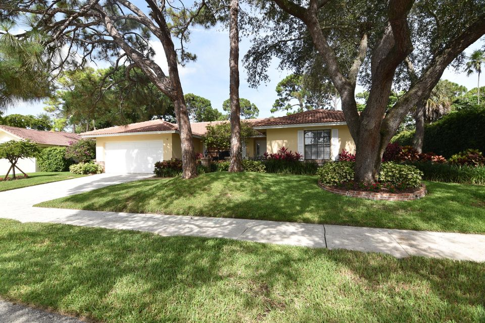 2647 NW 26th Circle  Boca Raton FL 33431