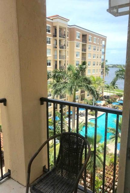 1801 N Flagler Drive 609  West Palm Beach, FL 33407