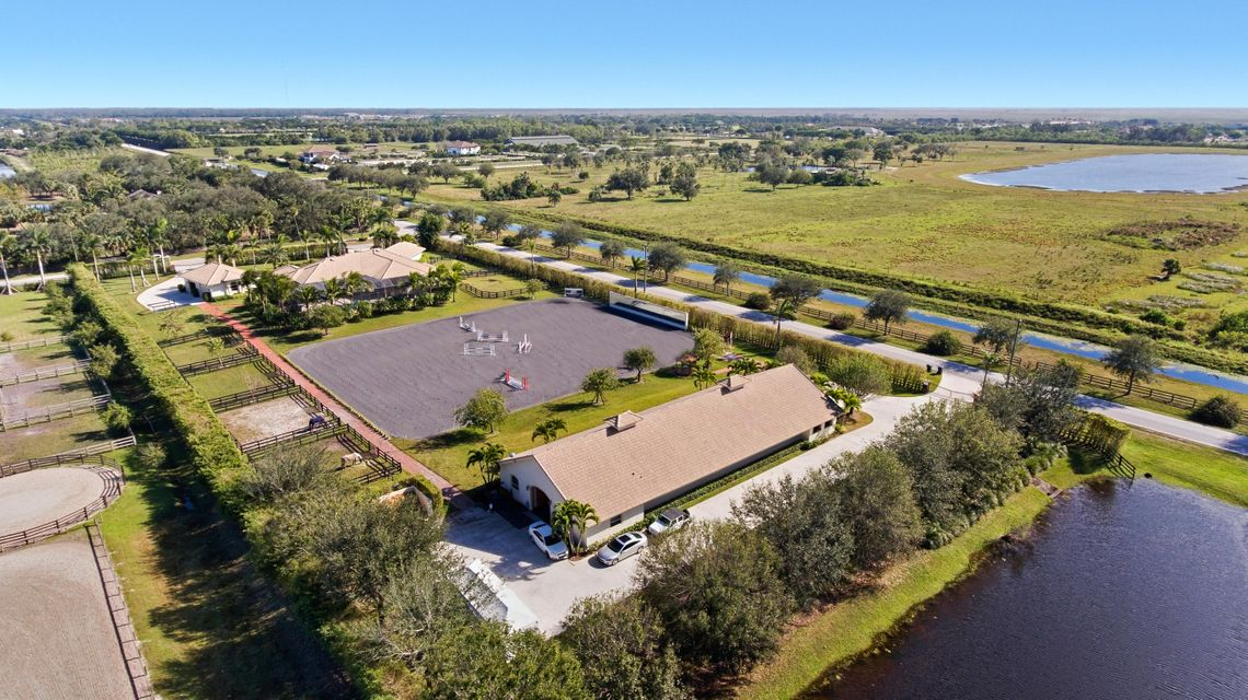 4985 Stables (Barn) Way, Wellington, Florida 33414, 2 Bedrooms Bedrooms, ,2.1 BathroomsBathrooms,Barn,For Rent,PALM BEACH POINT EAST,Stables (Barn),1,RX-10442046