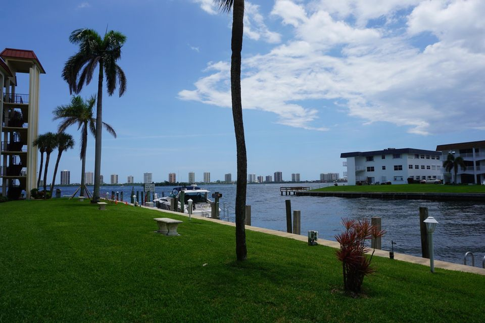 100  Paradise Harbour Boulevard is listed as MLS Listing RX-10440924 with 3 pictures