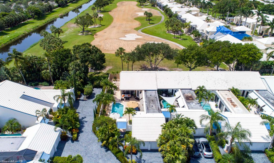 BOCA RATON GOLF AND TENNIS COU REALTY