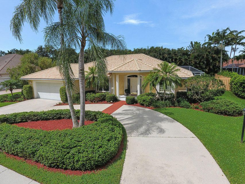 18986 SE Coral Reef Lane is listed as MLS Listing RX-10441032 with 45 pictures