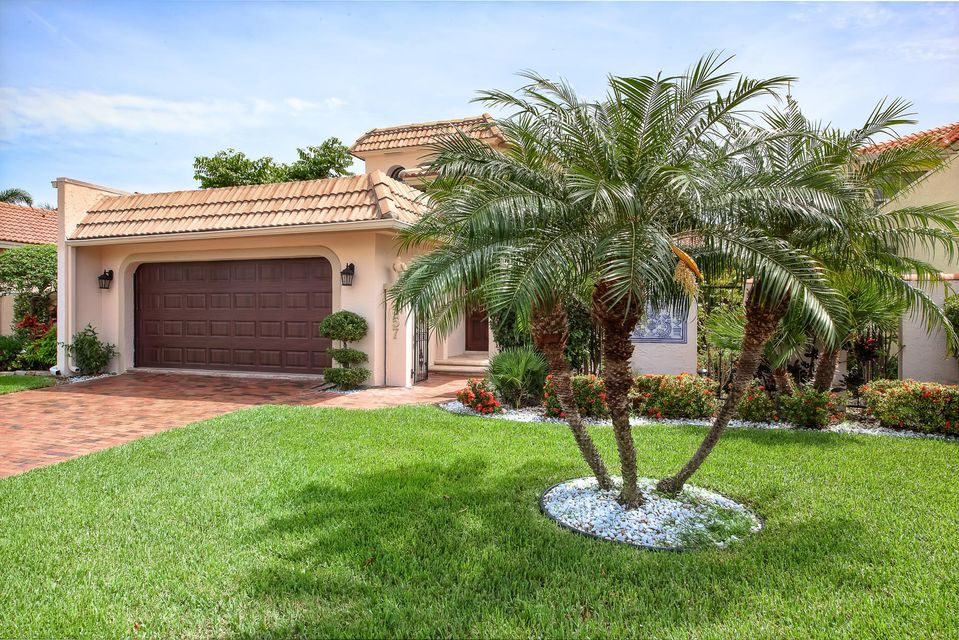 3557 Admirals Way  Delray Beach, FL 33483